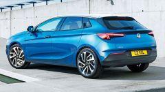 Nuova Opel Astra 2021 su pianale Peugeot 308: ecco quando esce