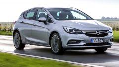 Opel Astra 5p 1.6 CDTI BiTurbo: prezzi da 27.100 euro - Immagine: 1