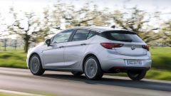 Opel Astra 5p 1.6 CDTI BiTurbo: prezzi da 27.100 euro - Immagine: 4