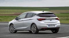 Opel Astra 5p 1.6 CDTI BiTurbo: prezzi da 27.100 euro - Immagine: 7