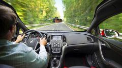 Opel Astra BiTurbo - Immagine: 12