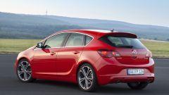 Opel Astra BiTurbo - Immagine: 10