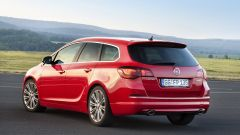 Opel Astra BiTurbo - Immagine: 7