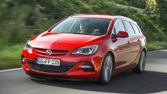 Opel Astra BiTurbo - Immagine: 6