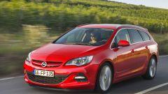 Opel Astra BiTurbo - Immagine: 9