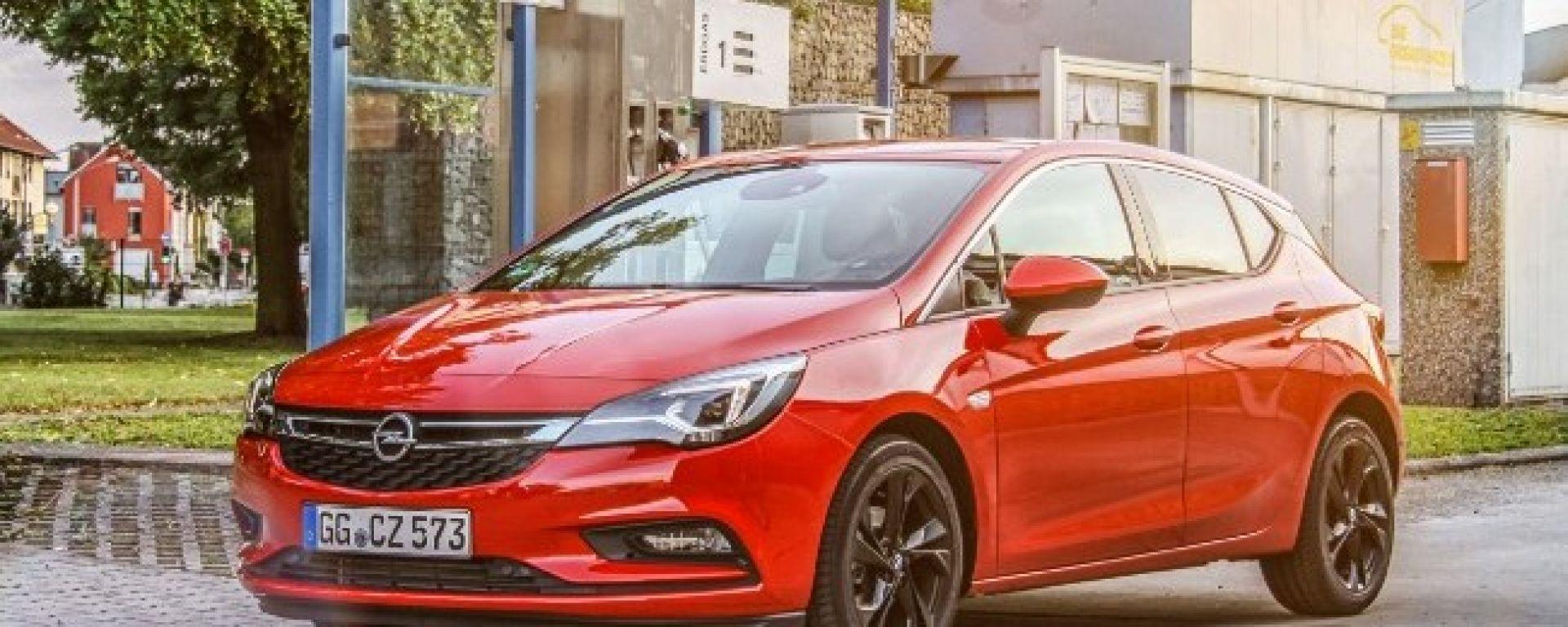 Opel Astra EcoM: è l'ora del metano