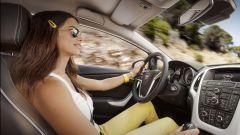 Opel Astra GTC in dettaglio - Immagine: 19