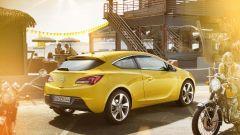 Opel Astra GTC in dettaglio - Immagine: 18