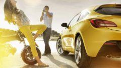 Opel Astra GTC in dettaglio - Immagine: 1