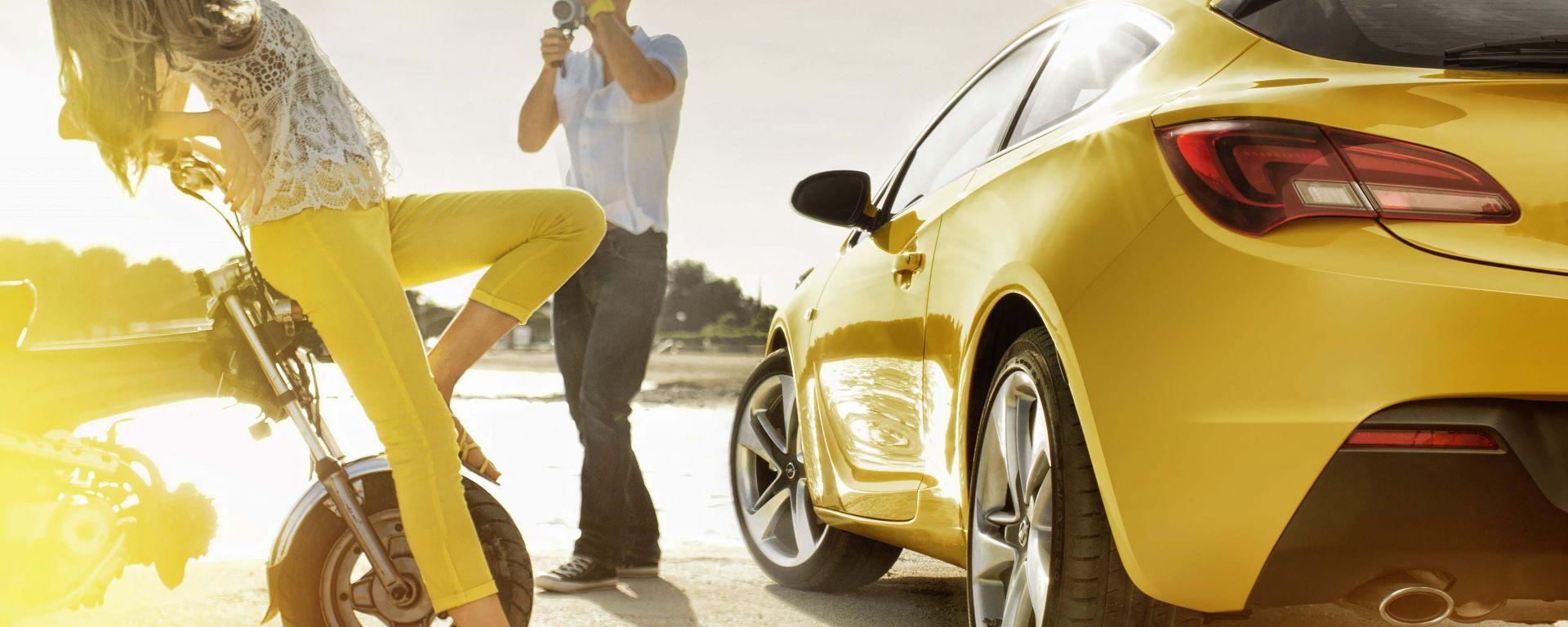 Opel Astra GTC in dettaglio