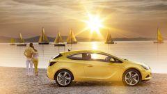Opel Astra GTC in dettaglio - Immagine: 12