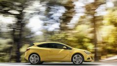 Opel Astra GTC in dettaglio - Immagine: 7