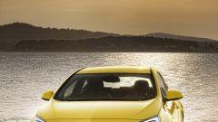 Opel Astra GTC in dettaglio - Immagine: 11