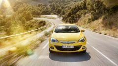 Opel Astra GTC in dettaglio - Immagine: 3