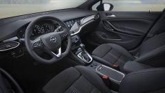 Opel Astra Sports Tourer, gli interni