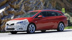 Opel Astra Sports Tourer, restyling alle porte. Cosa cambia - Immagine: 6