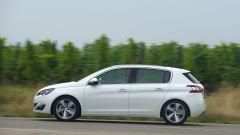Opel Astra vs Peugeot 308 vs Renault Megane  - Immagine: 25