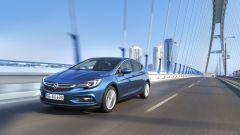 Opel Astra vs Peugeot 308 vs Renault Megane  - Immagine: 3