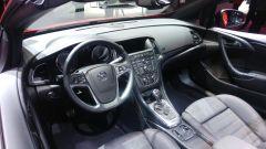 Opel Cascada 2017, interni