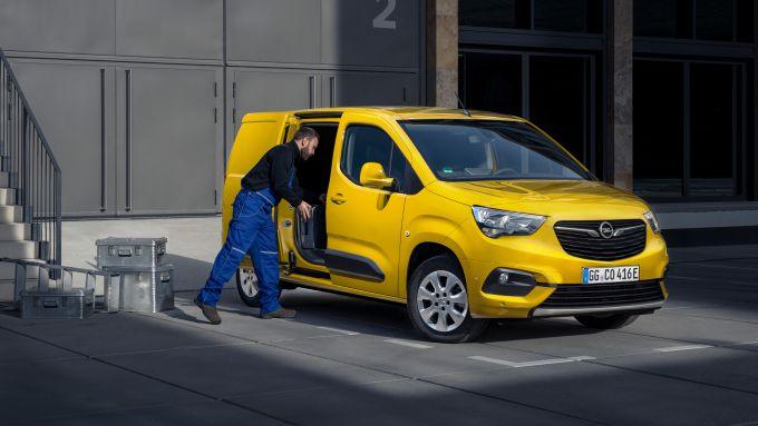 Opel Combo-e 2021: da 4,40 a 4,75 metri di lunghezza