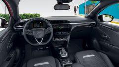 Opel Corsa Ultimate 2021: gli interni, abitacolo anteriore