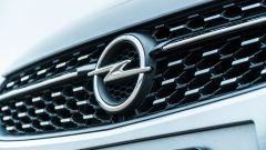 Opel Corsa vista calandra