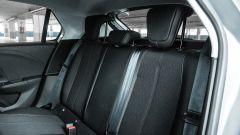 Opel Corsa vista divano posteriore