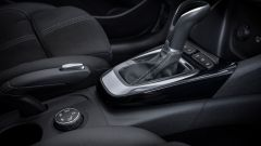 Opel Crossland 2021: la manopola dell'IntelliGrip
