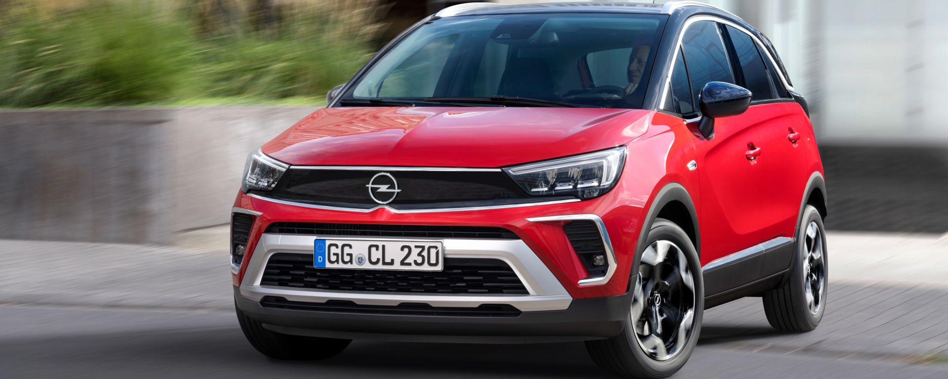 Opel Crossland 2021, prezzi da 20.850 euro