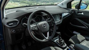 Opel Crossland Ultimate 1.5 Diesel 110 CV: gli interni