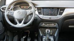 Opel Crossland X (2018), gli interni