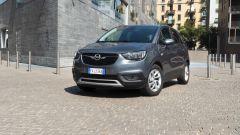 Opel Crossland X 2019: il frontale