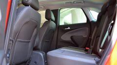 Opel Crossland X: i sedili posteriori scorrono di 15 cm