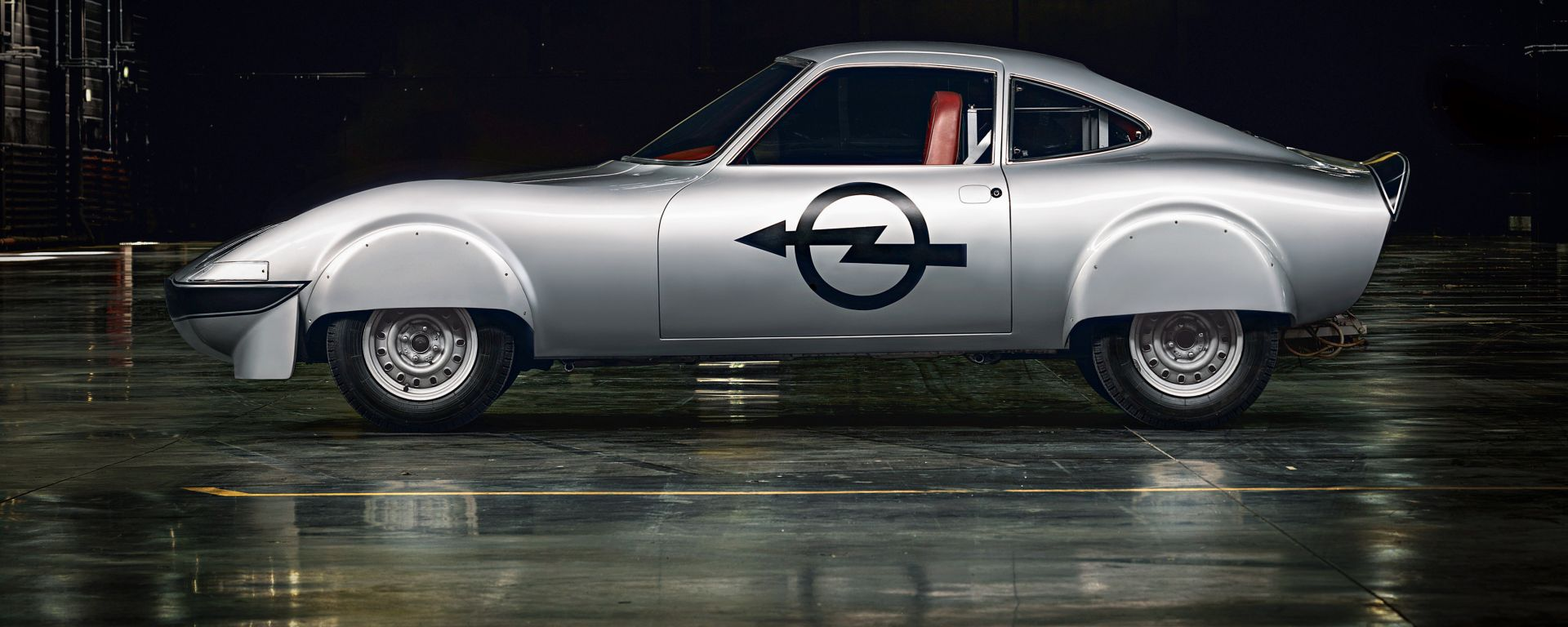 Opel Electro GT: vista laterale