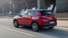 Opel Grandland X Hybrid4, 300 cv di potenza di sistema