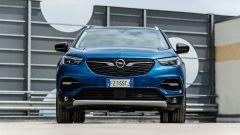 Opel Grandland X Hybrid4: frontale
