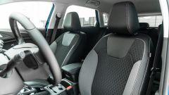 Opel Grandland X Hybrid4: i sedili anteriori