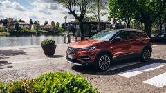 Opel Grandland X Hybrid4, il SUV compatto plug-in hybrid a trazione integrale