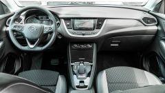 Opel Grandland X Hybrid4: la plancia