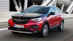 Opel Grandland X Hybrid4, ordini aperti