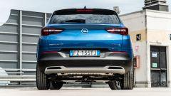 Opel Grandland X Hybrid4: posteriore