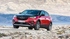Opel Grandland X Hybrid4, ecco il Suv plug-in. Come è fatto - Immagine: 2