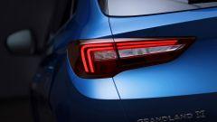 Opel Grandland X: ecco com'è dal vivo il nuovo SUV compatto - Immagine: 15