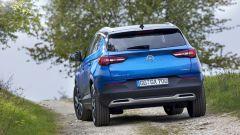 Opel Grandland X: ecco com'è dal vivo il nuovo SUV compatto - Immagine: 10