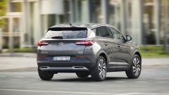 Opel Grandland X: ecco com'è dal vivo il nuovo SUV compatto - Immagine: 17