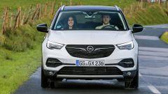 Opel Grandland X Ultimate, col 2.0 Diesel mette su muscoli - Immagine: 10