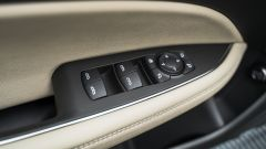 Opel Insignia 2.0 CDTI Ultimate: comandi finestrini e specchietti