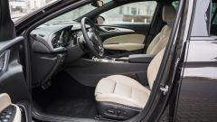 Opel Insignia 2.0 CDTI Ultimate: l'abitacolo