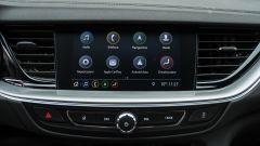 Opel Insignia 2.0 CDTI Ultimate: lo schermo dell'infotainment