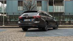Opel Insignia 2.0 CDTI Ultimate: visuale di 3/4 posteriore